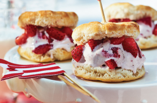 Recipe-StrawberryShorcake_Icecream_Sandwich