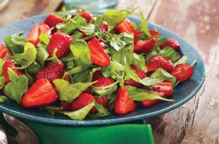 Recipe-strawberry-arugula-salad